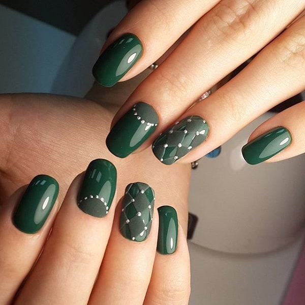 Glossy-matte striped geometric nail art