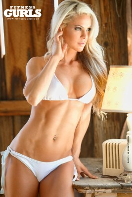 07-claire-rae-fitness-gurls-2014