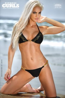 claire-rae-fitness-gurls-04