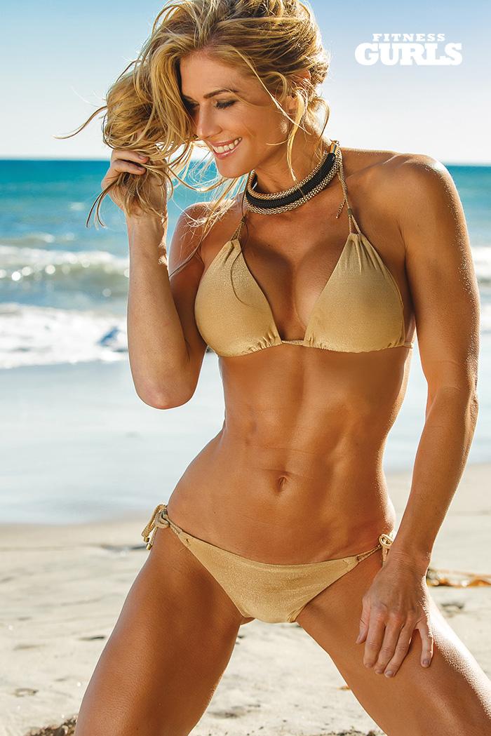 fitness-gurls-swimsuit-torrie-wilson-01