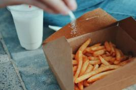 Avoid Junk Foods & Limit Sodium to Get Rid of Side Fat - Fitness HN