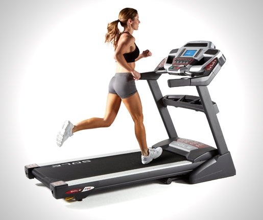 Sole-Fitness-F80-Folding-Treadmill