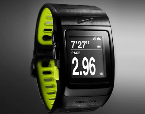 Nike-SportWatch-GPS-Powered-by-TomTom-Black-yellow-480x380