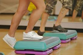 Top Exercises To Lose Weight step aerobics