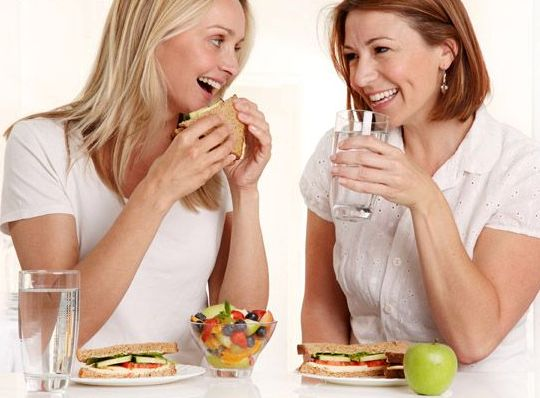 10 Effective Hacks to Lose Weight And Stop Eating Junk