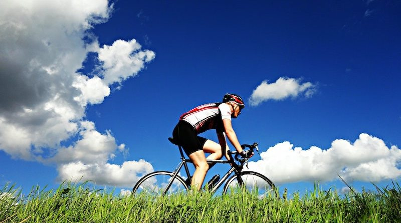 Health Benefits of Bicycling Image