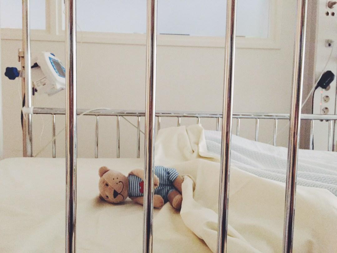 baby 11 maanden spugen