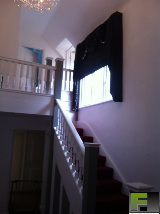 Swags and Tails fitted in Iver by Fittexpert