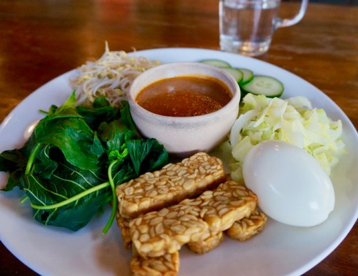 GADO-GADO-FIT-YOUR-DREAMS