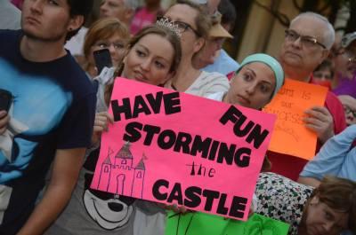 run signs at princess half marathon