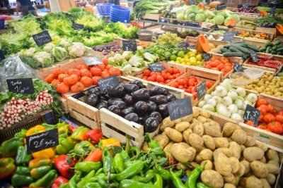 https://www.pexels.com/photo/food-healthy-vegetables-potatoes-5205/