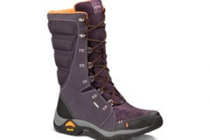 Holiday Gift Guide: Ahnu Hiking Boots
