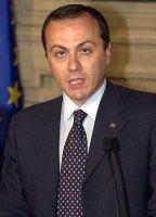 Elio Vito