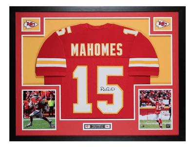 Patrick Mahomes autograph jersey