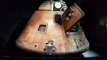 The real Apollo 14 command module. This thing took people to the moon and back.