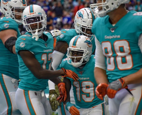 Photos: Dolphins lose to Bills 37-20