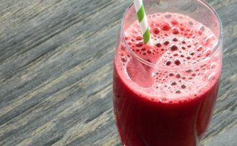 Raw Beet Juice - Batido Tres en Uno