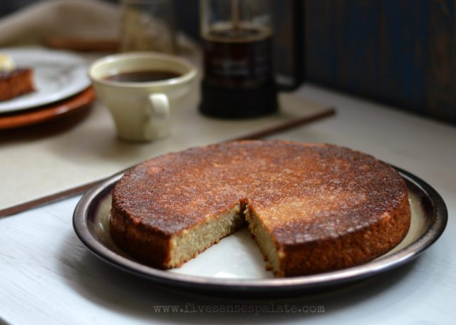 Torta de Cambures Recipe | Five Senses Palate