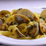 Tagliatelle with clams and saffron broth recipe
