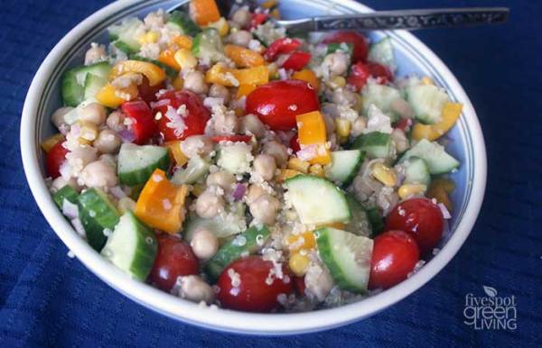 Chickpea and Quinoa Greek Salad Recipe