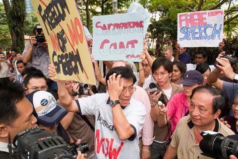 Media attention on Chee Soon Juan