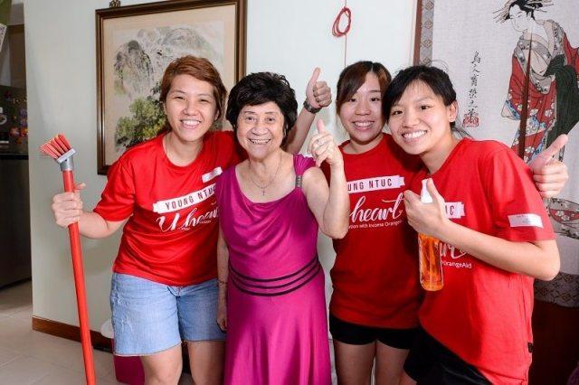 Happy beneficiary - volunteering in Singapore