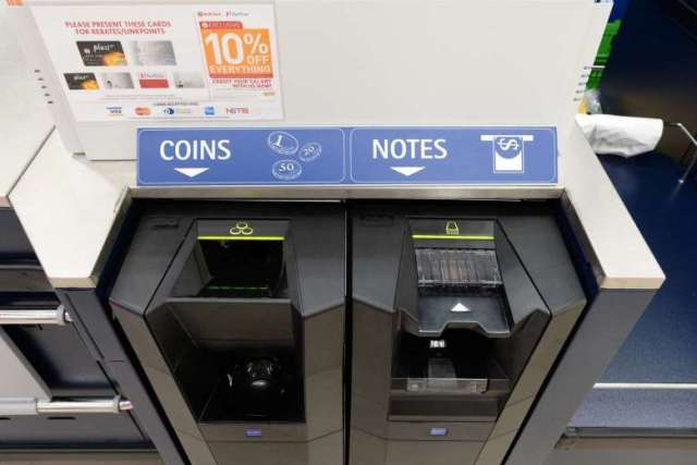 icash-system-at-cheers-outlets-in-singapore