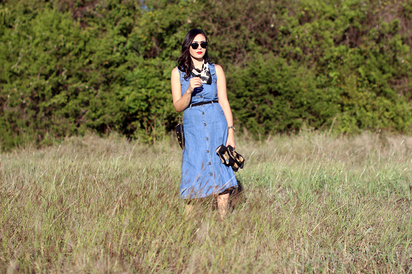 FIXIN-TO-THRILL-PINK-SILVER-FASHION-DENIM-DRESS-STRAPPY-HEELS-TREND-FALL-OCTOBER-ATX-AUSTIN-STYLE-BLOG-FW15-TRENDY-CHIC-GLAM-TEXAS-9