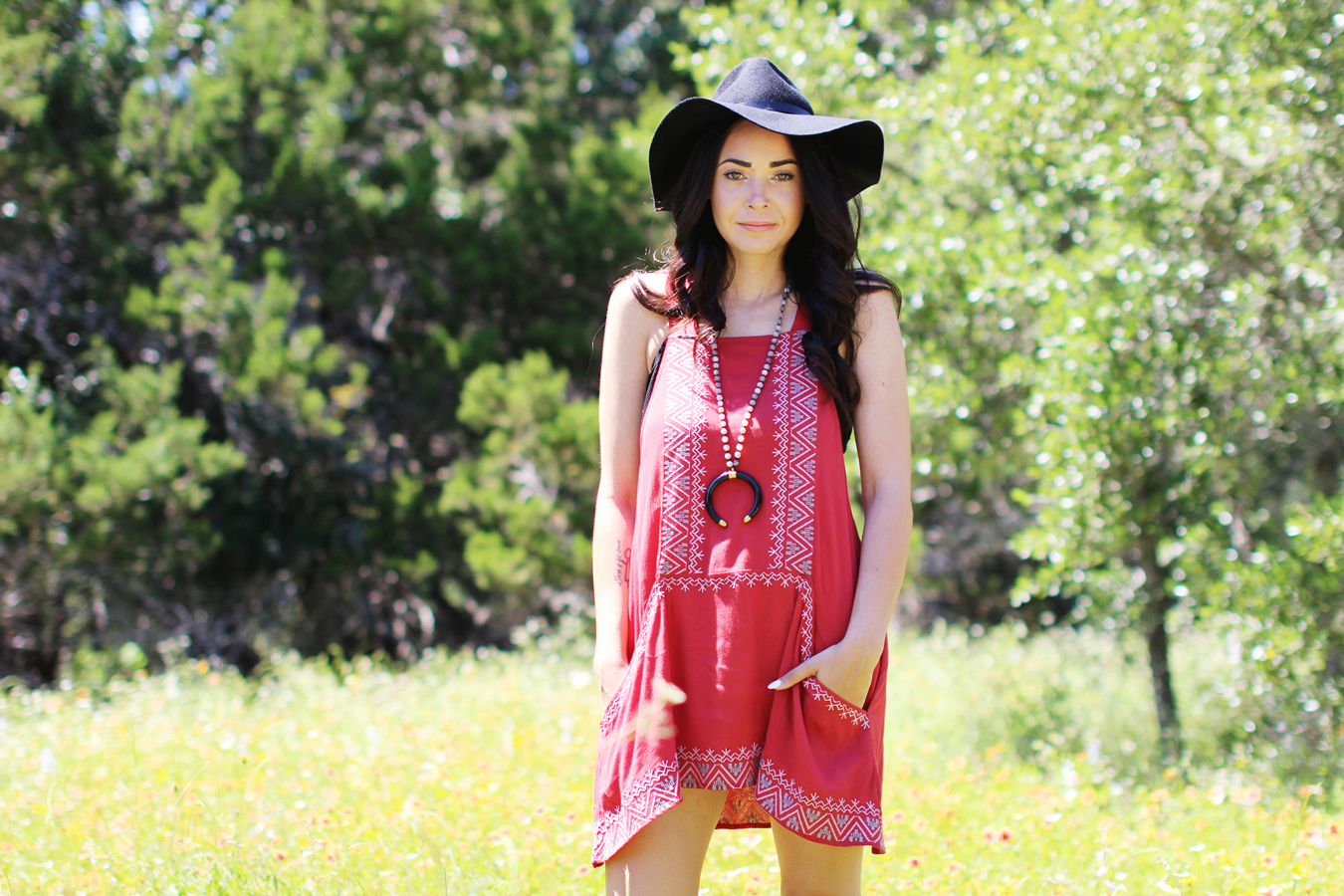 FTT-RED-PINK-SILVER-DRESS-HAT-WATER-FASHION-SHOOT-15