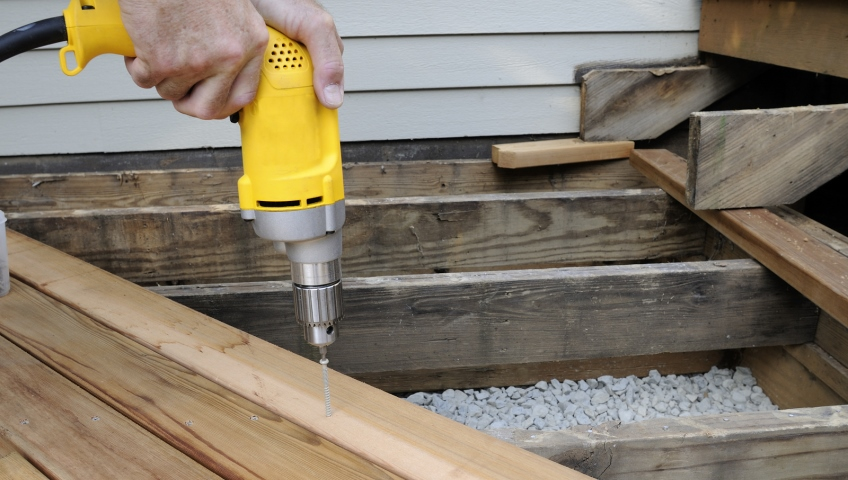 Deck Repair - Fix It!® MA Metro West - Call (508) 305-2055
