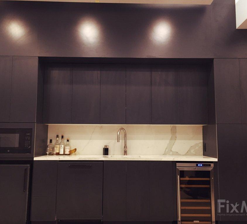 Showroom Cabinets – Robert C