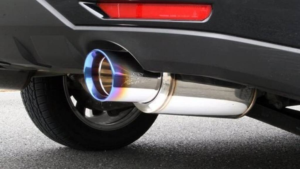 How much does it cost to replace a car exhaust?