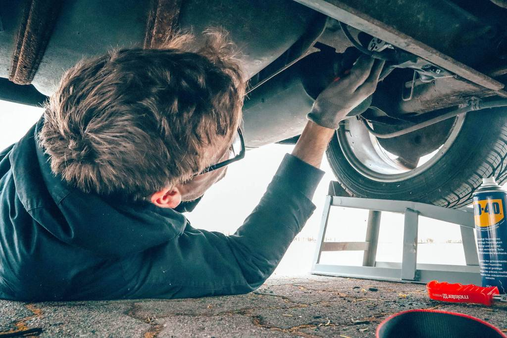 Car exhaust repair guide
