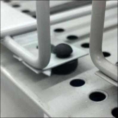 Protable Wire Shelf Manage Foot CloseUp