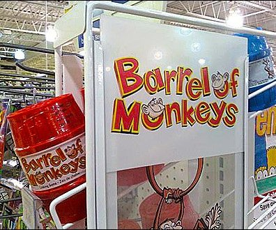 Barrel of Monkeys Gravity Feed Main