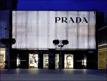 Prada Retail Fixtures
