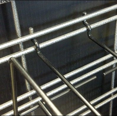 Slatwire Hat Tray Closeup Detail
