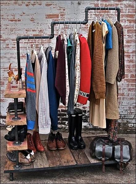 D.I.Y. Stepped Garment Rack