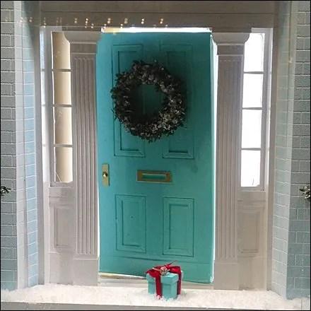 Tiffany Christmas Door Gift 0