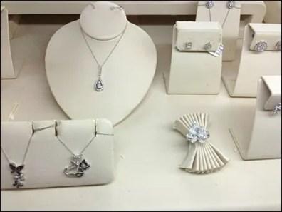 Ring as Napkin Ring Gallery 1