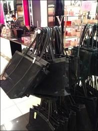 Victoria's Secrets Bag Rack Finial Logo 3