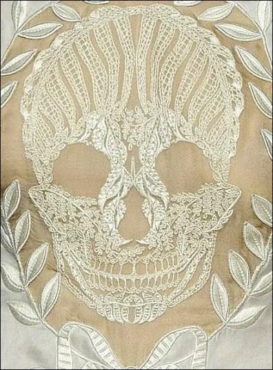 Alexander McQueen Lace Skull 2009 Main