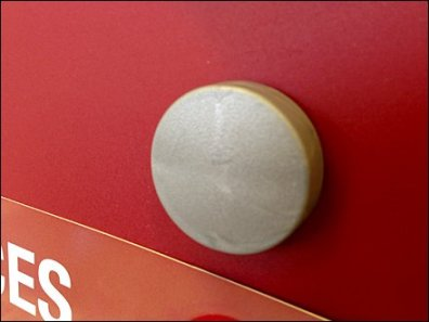 Oversize Twist-Lock Push Button 2