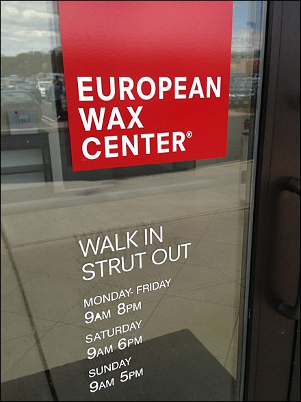 European Wax Walk in Strut Out Main