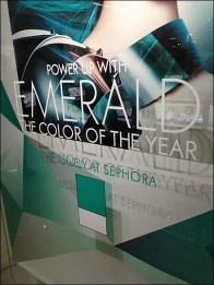 Pantone Emerald 4