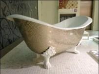 SiCis Claw Foot Tub as Art 1