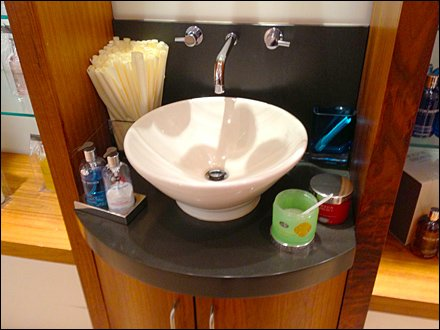 Designer Sink as In-Store Amenity Aux