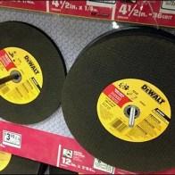 DeWalt Cutting Discs Pegged 1