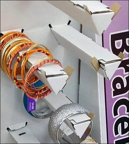 Corrugated Hook Closeup Main