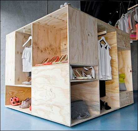 Pop-Up Plywood Crate Merchandising